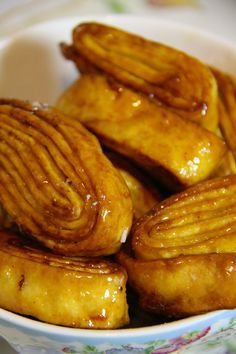 Tagliatelle fritte dolci o Croccantini di Carnevale