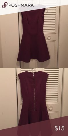 Hm plum dress size 4 fit and flare H&M Fit and flare dress with great zipper detail H&M Dresses Midi