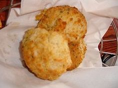 I made these Red Lobster cheddar biscuits the other day and they were AMAZING, so I thought I should pin. :)
