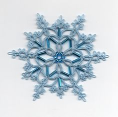 "Another stunning tatted snowflake by Frivole at Le Blog de Frivole: ""Ice Queen"""