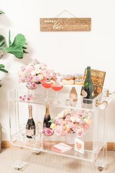 Celebrate Galentine's Day with a festive bar cart complete with Watermelon Mimosas Diy Bar Cart, Gold Bar Cart, Bar Cart Styling, Bar Cart Decor, Outside Bars, Tea Cart, Bar Areas, Bar Accessories, Bar Furniture