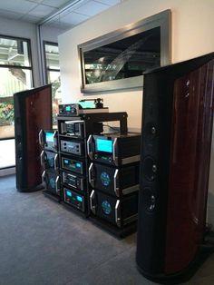 McIntosh and Sonus Faber Aida Hifi Speakers, Hifi Audio, Mc Intosh, Cd Player, Audio Design, Audio Room, High End Audio, Home Entertainment, Audio Equipment