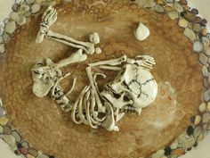 Skuja Braden: Detail: Inside the Dowry Basket