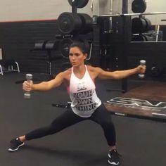 "8,610 curtidas, 61 comentários - Get Up And Do It! (@girlyexercises) no Instagram: ""Shoulder workout  by @alexia_clark"""
