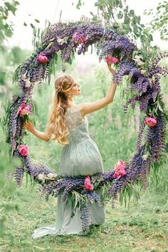 Color of 2018 ---- 24 Violet Wedding Ideas You Can't Miss! Garden Wedding Decorations, Wedding Wreaths, Wedding Bouquets, Wedding Flowers, Unique Weddings, Real Weddings, Wedding Swing, Wedding Ceremony Backdrop, Purple Wedding