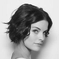 Jaimie Alexander in Blindspot - loving her hair! | Hair Styles ...