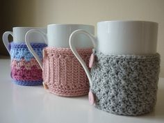 LOVE these, I hate burning my hands on my hot tea cup.. so this is the next project on the list!