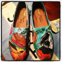 Jimmy Buffet Toms omg where can I get these