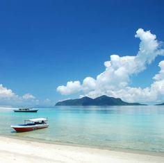 Beautiful tropical beach in Semporna, Sabah