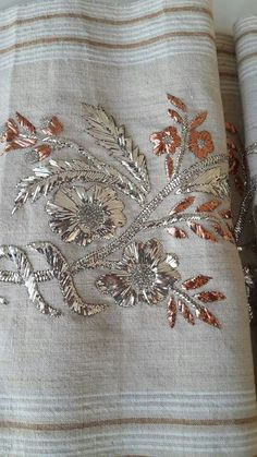 This Pin was discovered by Neş Zardosi Embroidery, Hand Embroidery Dress, Kurti Embroidery Design, Couture Embroidery, Indian Embroidery, Embroidery Suits, Silk Ribbon Embroidery, Embroidery Fashion, Hand Embroidery Designs