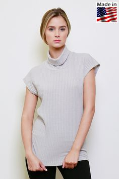 Lumiere fashion AT00928(800600) short sleeved ribbed knit turtleneck top.