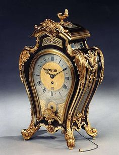 A RARE GEORGE II ORMOLU MOUNTED BROWN AND BLUE TORTOISESHELL BRACKET CLOCK, BY RICHARD VICK, LONDON  Circa: 1755