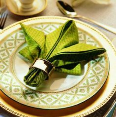 Create stunning table settings for your guests with our beautiful napkins and tablecloths from Home & Yacht Finest Bed Linen Www.finestbedlinen.com