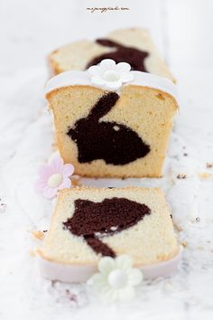 ... vanilla cake with a surprise chocolate bunny inside ...