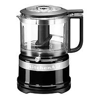 Shop KitchenAid - Cup Mini Food Chopper Onyx Black at Peter's of Kensington. View our range of KitchenAid online. Why in the world would you shop anywhere else for KitchenAid? Kitchenaid Food Processor, Kitchenaid Classic, Kitchenaid Artisan, Mini Chopper, Food Chopper, Domestic Appliances, Small Appliances, Kitchen Appliances, Pico De Gallo