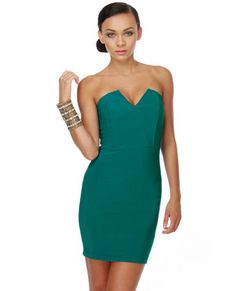 $30    Sirens!! Sirens!! Oh wait... That's just you... wearing this dress. This comes in different colors, but I have to say, teal is my favorite. Add a blazer and you're work ready, add a few bracelets and earrings- and you're date-ready. Perfect day-to-night kind of dress.