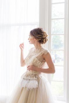 Find your dream bridal clutch at Cloe Noel Designs.