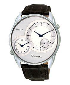 Đồng hồ nam đeo tay Citizen AO3009-04A thời thượng chính hãng. Thiết kế mặt đồng hồ to bản mạnh mẽ đầy bản lĩnh cùng 2 đồng hồ phụ tăng thêm phần đa dụng. Với màu trắng bạc sang trọng đem lại nét sang trọng cho các quý ông