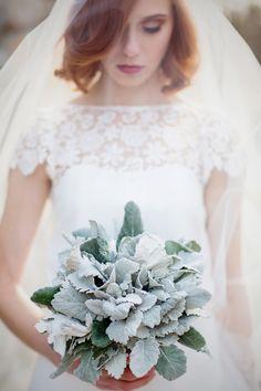 Downton Abbey Wedding Inspiration - http://fabyoubliss.com/2015/04/28/downton-abbey-inspired-wedding