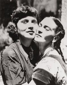 Frida Kahlo y Olga Campos