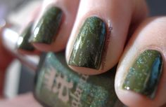 Love. Varnish, chocolate and more...: China Glaze Westwide Warriors in fight with a england Dragon