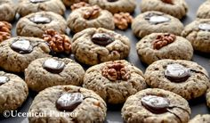 almond fingerprint cookies with dark chocolate Fursecuri cu nucă si ciocolată Almond, Muffin, Cookies, Chocolate, Dark, Breakfast, Desserts, Food, Breakfast Cafe