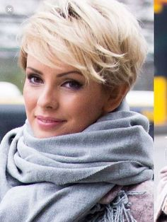 20 Popular Short Blonde Hair 2018 , Who does not like blonde hair if it is even short? Here are 20 Popular Short Blonde Hair Blonde hair is still one of top hairstyles that ladies . Short Layered Haircuts, Short Hair Cuts, Short Blonde Haircuts, Pixie Cuts, Short Blonde Pixie, Going Blonde, Look 2018, Top Hairstyles, Blonde Hairstyles