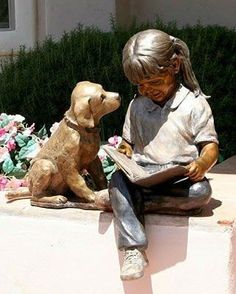 'Happily Ever After' sculpture by Marianne Caroselli Little - Girl reading to dog. Sculpture Metal, Reading Art, Girl Reading, Garden Statues, Dog Statues, Angel Statues, I Love Books, Oeuvre D'art, Belle Photo