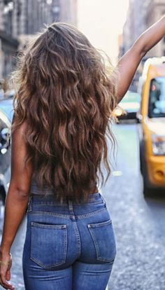 50 Elegant Women Style with Long Wavy Hair - Hair Cuts Pretty Hairstyles, Long Wavy Hairstyles, Hairstyle Ideas, Long Wavy Haircuts, Perm Hairstyles, Asian Hairstyles, Medium Hairstyle, Men's Hairstyle, Funky Hairstyles