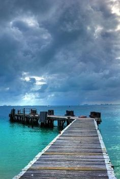 Isla Mujeres, Quintana Roo - Mexico by achinthaMB, via Flickr by tiquis-miquis