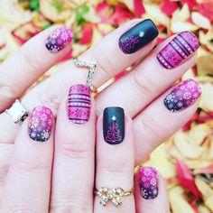 Pink and black winter nails Jamberry Combos, Jamberry Nails, Christmas Manicure, Holiday Nails, Get Nails, Pink Nails, Nail Envy, Diy Spa, Nail Stuff