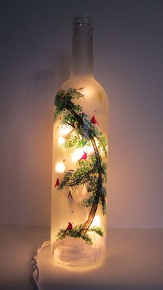 Cardinals Sitting on a Evergreen Tree Frosted Lighted Bottle Cardinals Sitting on a Evergreen Tree Frosted by EverythingPainted Wine Bottle Art, Glass Bottle Crafts, Painted Wine Bottles, Lighted Wine Bottles, Diy Bottle, Bottle Lights, Bottle Trees, Liquor Bottles, Glass Bottles