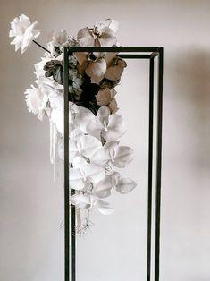 Floral Centerpieces, Wedding Centerpieces, Floral Arrangements, Wedding Decorations, Centrepieces, Wedding Themes, Wedding Table Flowers, Floral Wedding, Wedding Bouquets