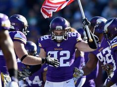 Try underrated safety Harrison Smith, who needed help from Adrian Peterson for the nickname. Minnesota Vikings Football, Nfl Football, Football Players, Football Helmets, Nfc Teams, Harrison Smith, Viking 1, Girls Football Boots, Skateboard Girl