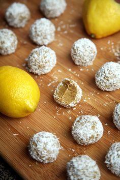50-Calorie Lemon Coconut Protein Balls That Taste Like Summer!