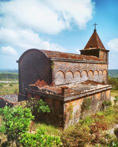 1920 French Colonial Catholic Church #bokorhillstation #kampot #cambodia #church #travel #traveller #wanderlust #holiday #vacation #trip #tour #tastetravel #tastetravelfoodadventuretours #sunshinecoast #australia #localsknow #gadv #instatravel #instagood
