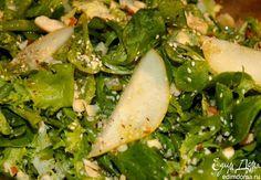 Азиатский салат с грушей