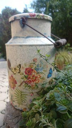 Vintage konvička- motýle / kreatiwik - SAShE.sk - Handmade Nádoby