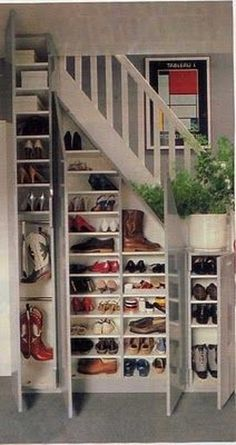Integrated shoe rack beneath stairs