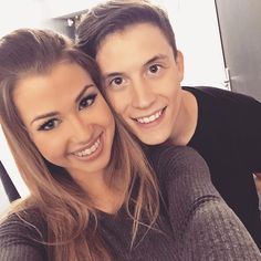 Enjoyphoenix et Loic Nottet lors de la finale de DALS 2015 Enjoy Phoenix, Eva Youtube, Celebrity Couples, Youtubers, Marie, Instagram, Celebrities, People, Boys