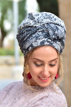 🌷🌹🌻This lovely handcrafted headscarf is an alluring combination of light and dark grey lace fabric with with the option of double-sided. It can be tied in multiple ways. #the_wrapindustry #headwrap#headwraps #headwrapstyles #headscarf #headscarfs #headscarves #headwrapstyle#turbanstyle #turbanista #headwrapqueen #protectivestyle #protectivestyling #protectivehairstyle #africanheadwrap #blackgirlsrock #teamnatural #blackgirlmagic#melanin #naturalista #melaninpoppin #goddessvibes Black Girls Rock, Black Girl Magic, 40s Fashion, Vintage Fashion, African Head Wraps, Turban Style, New Pins, Lace Fabric, Light In The Dark