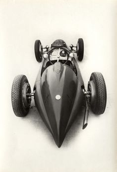 Cooler Than Before - sharonov: 1938 Alfa Romeo Tipo 158 Alfetta Maserati, Automobile, Retro, Vintage Race Car, Car Car, Hot Cars, Motor Car, Cars And Motorcycles, Garage Art