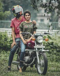 Photo Poses For Couples, Wedding Couple Poses Photography, Bike Photography, Bike Photoshoot, Couple Photoshoot Poses, Cute Couple Poses, Cute Love Couple, Yamaha Rx100, R15 Yamaha
