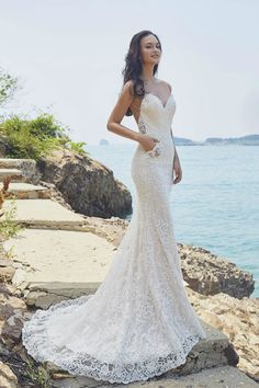 Lennox by Chic Nostalgia for the Boho Bride