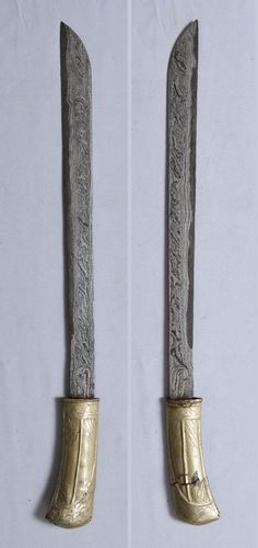 Old Javanese Sword Golok Blade Pedang Sword Machete Indonesian Silat keris Damascus Knife, Swords And Daggers, Padang, Arm Armor, Southeast Asia, Blade, Weapons, Bronze, Writing
