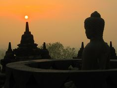 Sunrise at Borobudur, MageLang, CentraL Java, #indonesia (via beingindonesian)