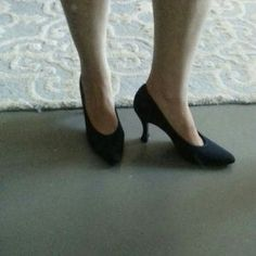 I just discovered this while shopping on Poshmark: Stuart Weitzman Navy Blue Pumps. Check it out!  Size: 8.5 B