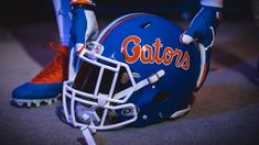 Carter's Corner: Gators Flip The Script On Helmet Design - Florida Gators