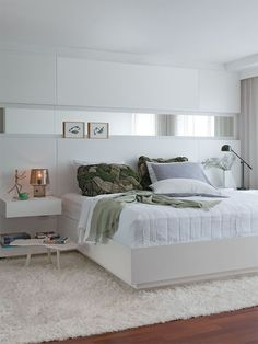22 Bedroom Designs by some of the best interior designers in the world, conceptually and flawlessly thought and executed Master Bedroom Design, Home Decor Bedroom, Bedroom Furniture, Master Bedrooms, Flat Interior Design, Interior Design Living Room, Modern Interior, Couple Bedroom, Suites