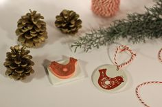 Tampon oiseau noël - Scandinave nordique ornement  Boutique: http://fr.dawanda.com/shop/Mimo-Creations Blog: http://carnetdedouceurs.fr Tampon - gravé main - Hand carved - rubber Stamp